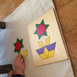 Making a flower from geometric shapes